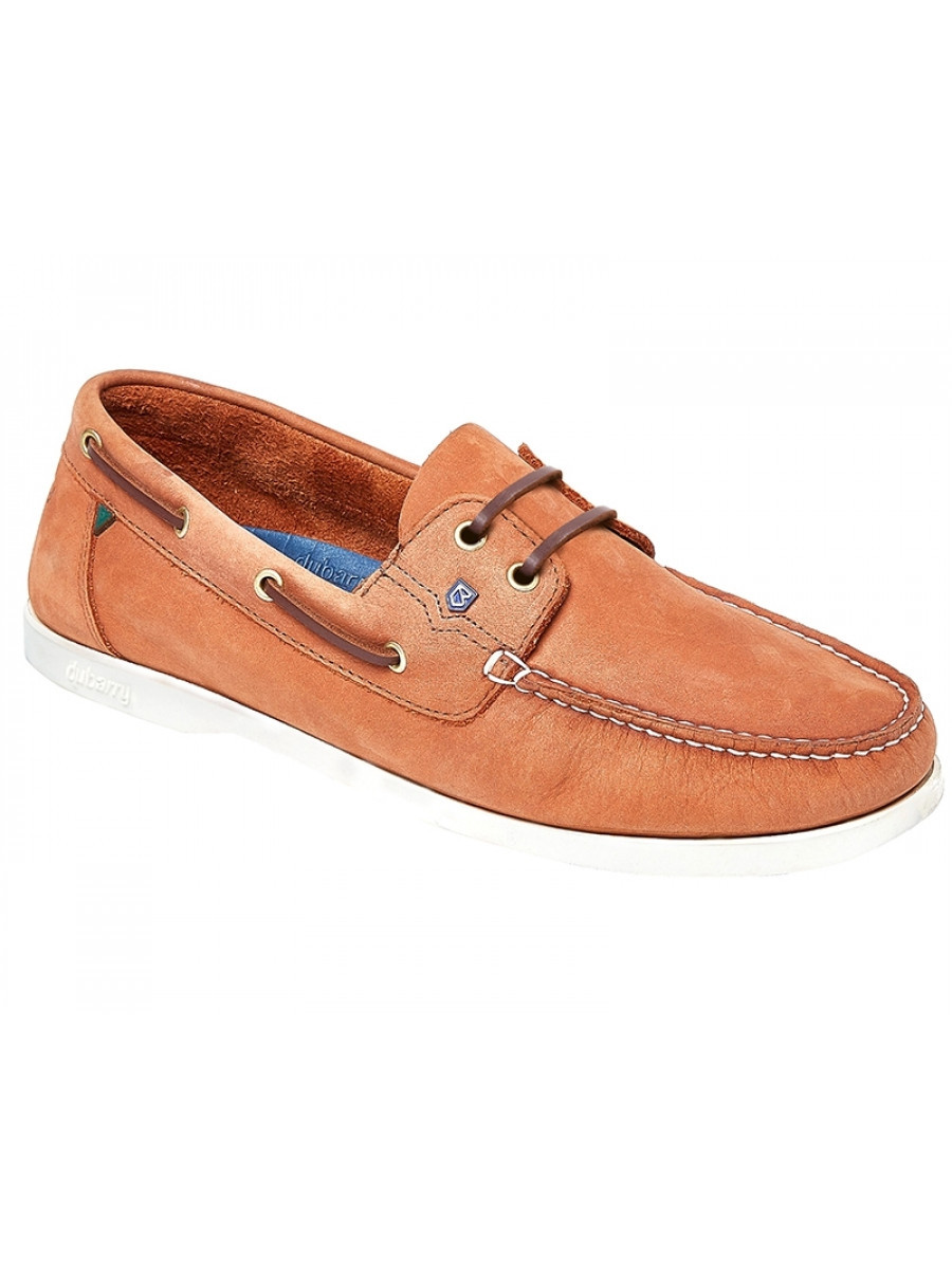 two eye boat shoes